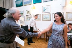 Michalina Rzeszutek receives the diploma. Photo by Andrzej Solnica.